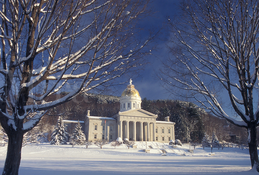 AJ4662, State Capitol, State House, Vermont, winter, Montpelier, The snow covered State House in the capital city of Montpelier on a winter day in Washington County in the state of Vermont.