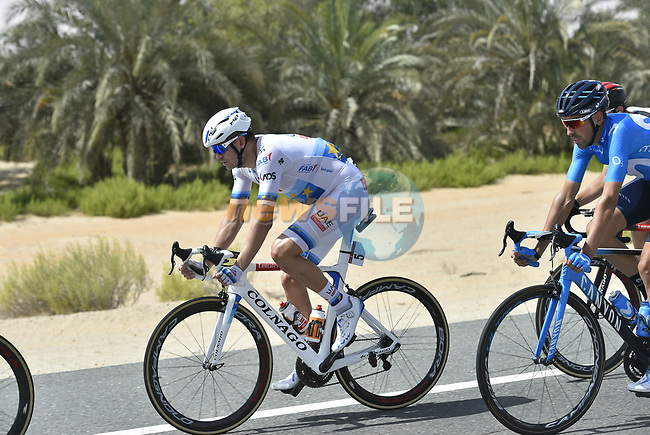 The peleton including European Champion Alexander Kristoff (NOR) UAE Team Emirates in action during Stage 1 of the 2018 Abu Dhabi Tour, Al Fahim Stage running 189km from Madinat Zayed to Adnoc School, Abu Dhabi, United Arab Emirates. 21st February 2018.<br /> Picture: LaPresse/Fabio Ferrari   Cyclefile<br /> <br /> <br /> All photos usage must carry mandatory copyright credit (© Cyclefile   LaPresse/Fabio Ferrari)