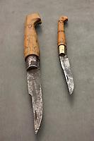 Europe/France/Aquitaine/24/Dordogne/Périgord vert/Nontron: Vieux couteaux de Nontron à la Coutellerie Nontronnaise - Son manche est en buis pyrogravé avec une virole en laiton. C'est le plus ancien couteau fermant en France.