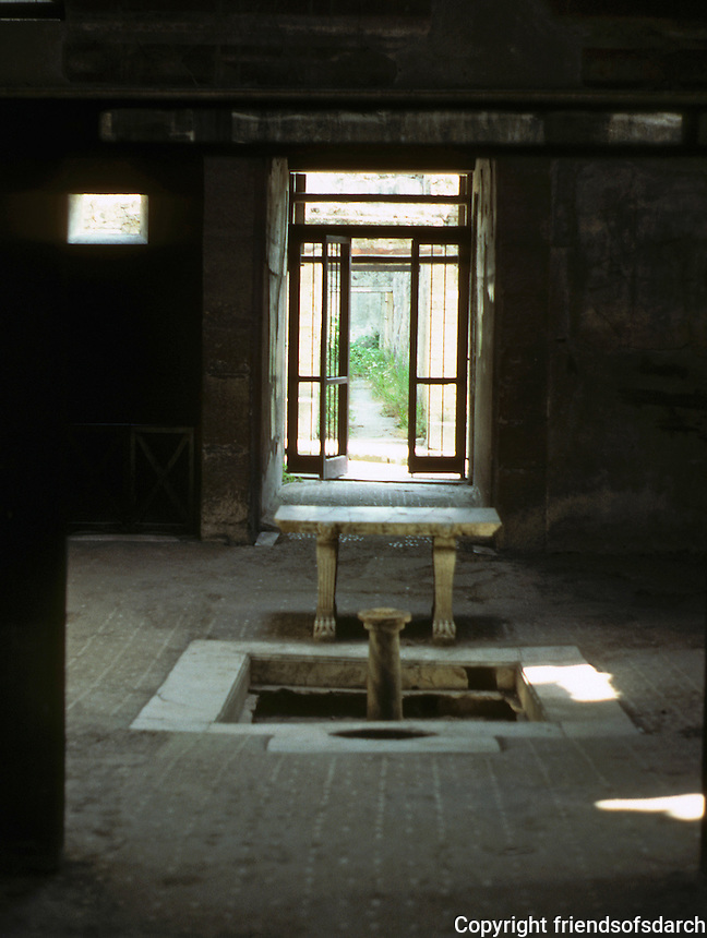 Italy: Herculaneum--House of wooden partition, Atrium. The Atrium os separated  from the tablinum (living room) by partition. Photo '83.