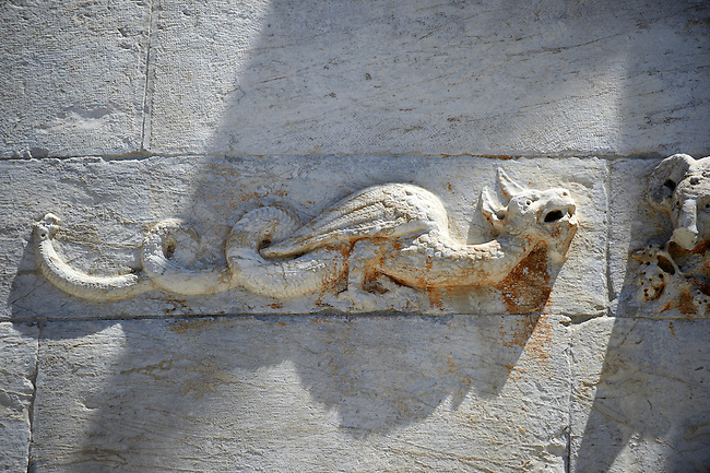 Medieval Sculptures on the The Leaning Tower Of Pisa, Italy