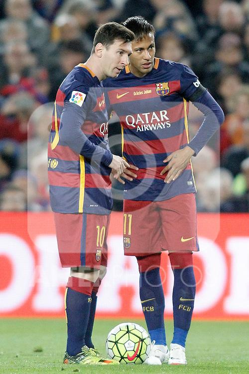 FC Barcelona's Leo Messi (l) and Neymar Jr during La Liga match. April 2,2016. (ALTERPHOTOS/Acero)