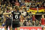 Berlin, Germany, February 10: During the FIH Indoor Hockey World Cup quarterfinal match between Germany (black) and Poland (red) on February 10, 2018 at Max-Schmeling-Halle in Berlin, Germany. Final score 3-1. (Photo by Dirk Markgraf / www.265-images.com) *** Local caption *** Lisa ALTENBURG #18 of Germany Anne SCHROEDER #8 of Germany, Luisa STEINDOR #6 of Germany