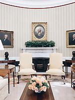 Photo of the Day: 3/24/17<br /> The Oval Office (Official White House Photo by Jonathan Gallegos)