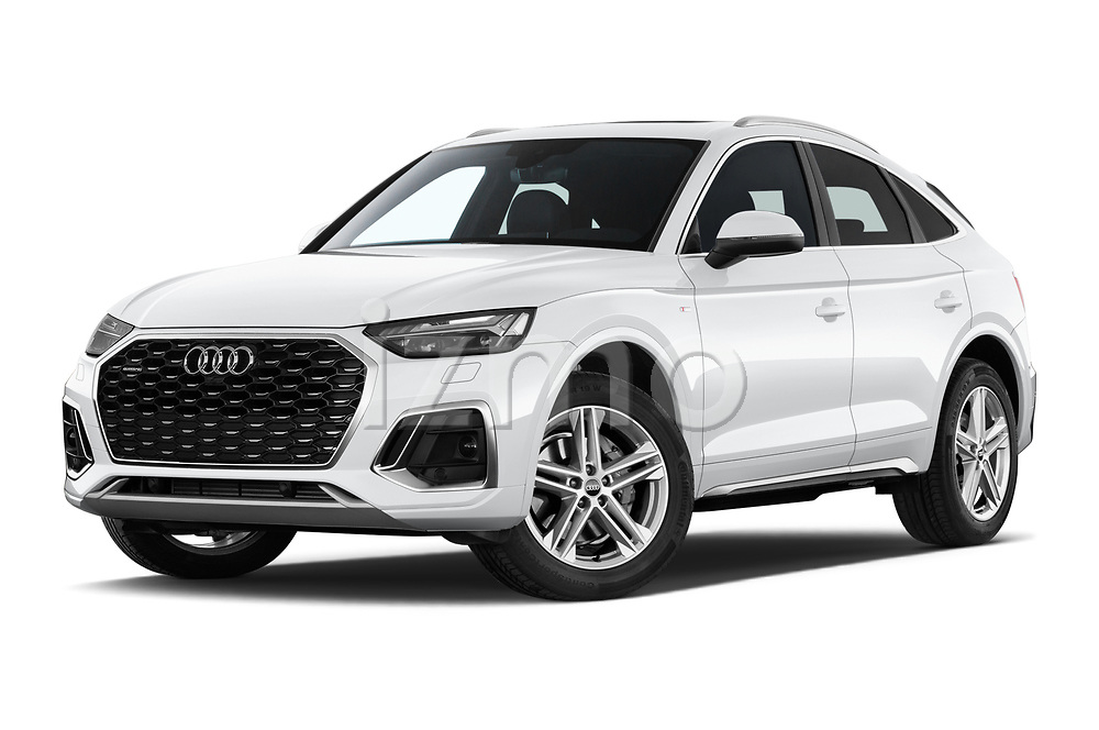 Stock pictures of low aggressive front three quarter view of 2021 Audi Q5-Sportback S-Line 5 Door SUV Low Aggressive
