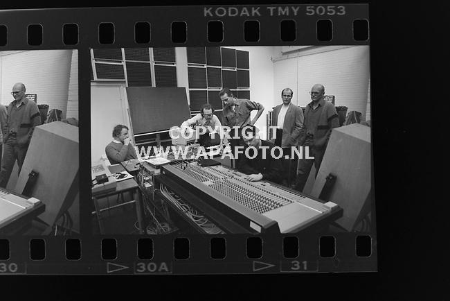 22-02-1990<br />19900632CENTRUM ELECTRONISCHE MUZIEK, OUDE KRAANARNHEMAPA FOTO