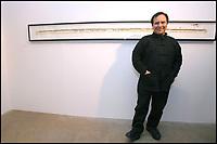 """AZZEDINE ALAÏA - EXPOSITION D' ART CONTEMPORAIN A LA GALERIE AZZEDINE ALAÏA AVANT VENTES AUX ENCHERES AU PROFIT DE L' ASSOCIATION """"AIDES""""."""