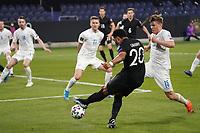 Serge Gnabry (Deutschland Germany) zieht ab - 25.03.2021: WM-Qualifikationsspiel Deutschland gegen Island, Schauinsland Arena Duisburg