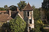 Europe/France/Midi-Pyrénées/46/Lot/Carennac: Tour du XVI éme siécle sur les bords de la Dordogne -  Les Plus Beaux Villages de France