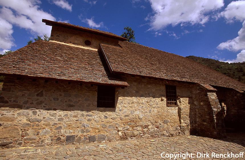 Zypern (Süd), Kloster und Kirche Agios Joannis Lampadistis in Kalapanagiotis, 11.Jh., Unesco-Weltkulturerbe