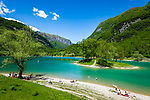 Italy, Trentino, near Tenno: Lake Tenno (Lago di Tenno) a popular swimming lake north of Lake Garda | Italien, Trentino, bei Tenno: der Tennosee, ein beliebter Berg- und Badesee noerdlich des Gardasees