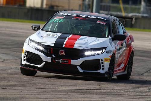Skip Barber Racing School Honda Civic Type R:Eric Powell