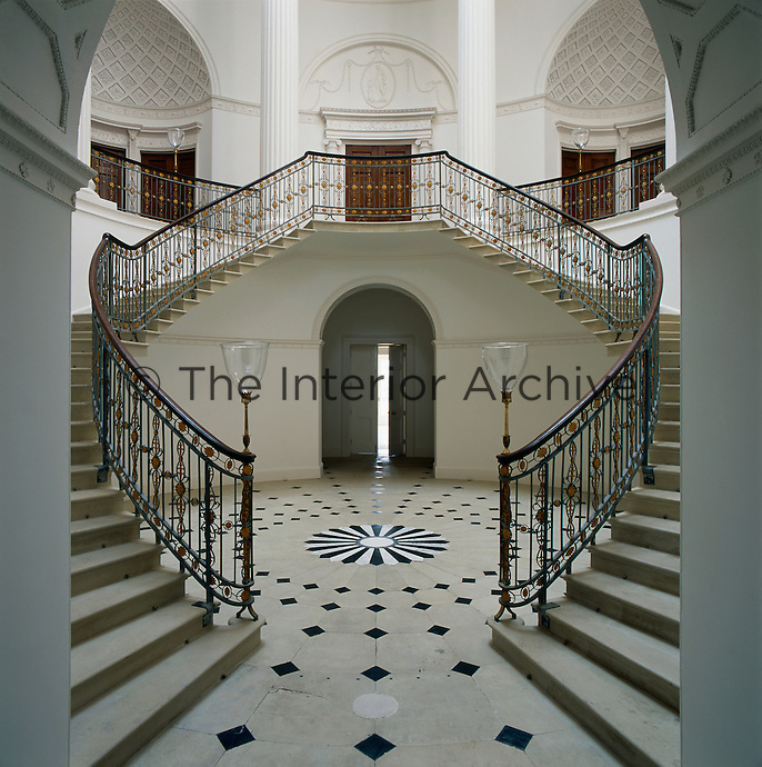 The central rotunda of Wardour Castle features eight columns and a cantilevered staircase