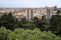 Spain. Province of Madrid. Madrid. View on the town center. Downtown. Park and buildings. © 2007  Didier Ruef