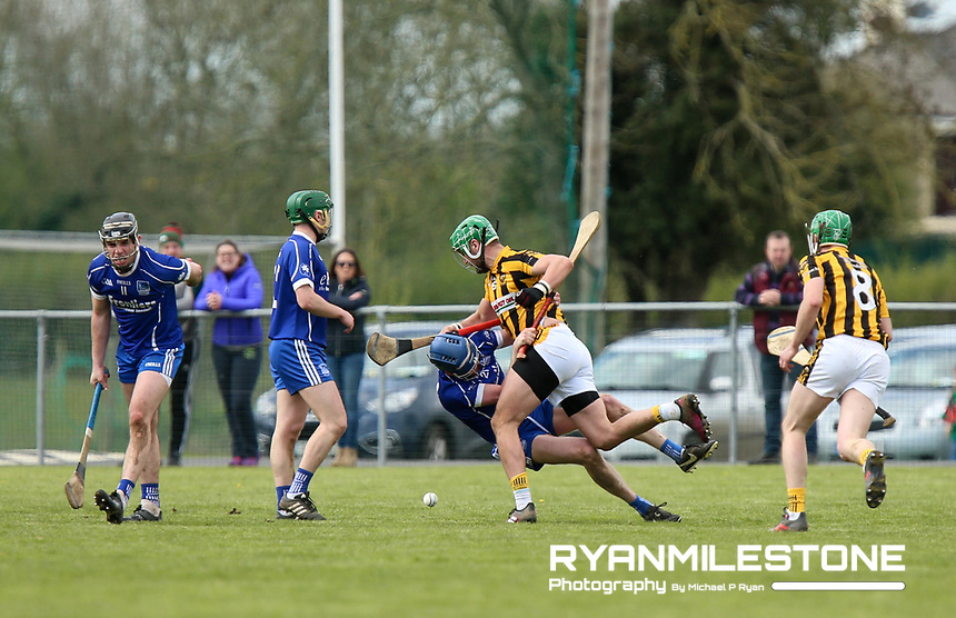 James Barry of Upperchurch/Drombane and Rory Dwan of Thurles Sarsfields tussle during the Centenary Agri Mid Senior Hurling Championship Quarter Final between Thurles Sarsfields and Upperchurch/Drombane on Saturday 28th April 2018 at Templetuohy, Co Tipperary, Photo By Michael P Ryan