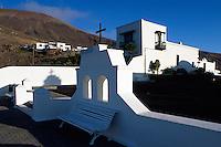 Spanien, Kanarische Inseln, Lanzarote, Lanzarote, Kirche  in Fermes