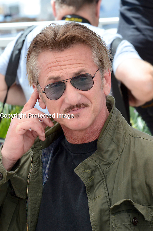 Sean Penn attends ' the last face' Photocall durig The 69th Annual Cannes Film Festival on May 20, 2016 in Cannes