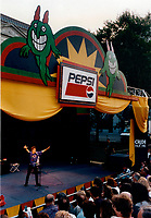 Montreal (qc) Canada - 1996 file - free outdoor show at Juste Pour rire festival