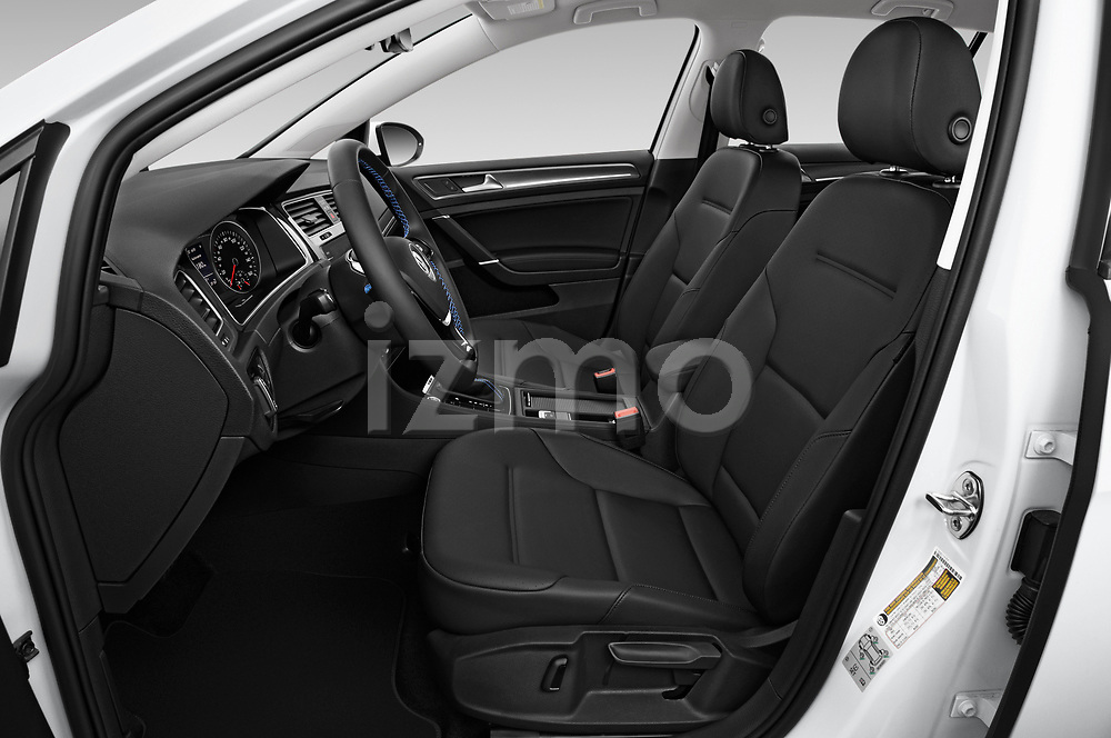 Front seat view of a 2019 Volkswagen e-Golf Base 5 Door Hatchback front seat car photos