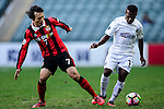 FC Seoul Defender Kim Chi Woo (l) fights for the ball with Auckland City Forward Micah Lea'alafa (r) during the 2017 Lunar New Year Cup match between Auckland City FC (NZL) vs FC Seoul (KOR) on January 28, 2017 in Hong Kong, Hong Kong. Photo by Marcio Rodrigo Machado/Power Sport Images