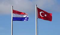 Nederland Zaandam- Jan. 2021.  Turkse en Nederlandse vlag.  Foto : ANP/ HH / Berlinda van Dam