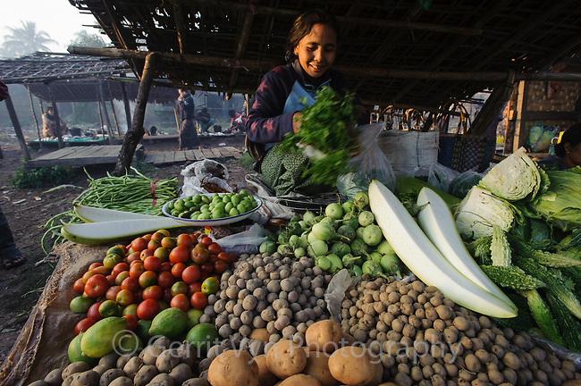 Sittwe market. Rakhine State, Myanmar. January.