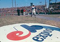 Match inaugural des Expos de Montréal au parc Jarry.<br /> Avril 1969.<br /> Source : Ville de Montréal. Gestion de documents et archives, VM94,Ad77-131.