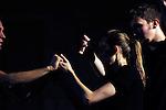 La tentation d'Un Ermitage<br /> <br /> Hervé Robbe, conception et chorégraphie<br /> Alexia Bigot, Olivier Bioret, Yann Cardin, danseurs<br /> Blandine Bouvier, Charlotte Plasse, David Colosio, chanteurs<br /> Benjamin Graindorge, scénographie et costumes<br /> Romain Kronenberg, création musicale<br /> François Maillot, lumières<br /> Ninon Prouteau-Steinhausser, dramaturgie<br /> Geoffroy Jourdain, conseiller musicologique<br /> Catherine Garnier, réalisation des costumes<br /> Cadre : Songes chorégraphiques à Royaumont<br /> Date : 05/09/2014<br /> Lieu : Fondation Royaumont