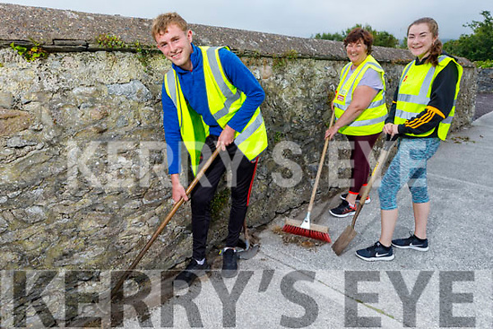 Members of the Blennerville Tidy Towns ready to do a clean up of Blennerville on Thursday evening.<br /> Front L to r: Tadgh Kerins, Joan and Laura Devane.