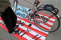 - manifestation against the American war in Iraq....- manifestazione contro la guerra americana in Iraq