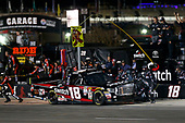 NASCAR Camping World Truck Series<br /> JAG Metals 350<br /> Texas Motor Speedway<br /> Fort Worth, TX USA<br /> Friday 3 November 2017<br /> Noah Gragson, Switch Toyota Tundra pit stop<br /> World Copyright: Matthew T. Thacker<br /> LAT Images