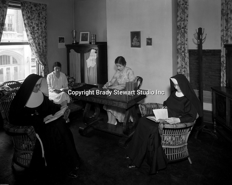 Duquesne University Catholic sisters and laywomen in bible study - Duquesne University.<br /> Brady Stewart was hired to photography the campus, classrooms, and offices for a publication to increase enrollment at the Catholic University.