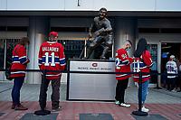 Les fans du Canadien au Centre Bell, mai 2021, durant les éliminatoires de la Coupe Stanley<br /> <br /> Montreal's Canadien   fans wearing the team's jerseys, outside Bell Centre, May 2021, during Stanley cup playoffs.<br /> <br /> PHOTO :  Pierre Tran - Agence Quebec Presse