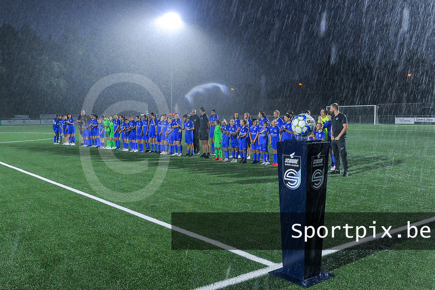 KRC Genk youth pictured before a female soccer game between  Racing Genk Ladies and Sporting du pays de Charleroi on the fourth matchday of the 2021-2022 season of the Belgian Scooore Womens Super League , friday 10 September 2021  in Genk , Belgium . PHOTO SPORTPIX | STIJN AUDOOREN