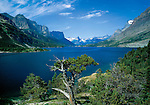 St Mary Lake in Glacier National Park, Kalispell, Montana, USA. John offers private photo tours in Glacier National Park and throughout Montana and Colorado. Year-round.