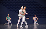 EN SOL....Choregraphie : ROBBINS Jerome..Mise en scene : ROBBINS Jerome..Compositeur : RAVEL Maurice..Compagnie : Ballet de l Opera National de paris..Decor : ERTE..Lumiere : TIPTON Jennifer..Costumes : ERTE..Avec :..DUPONT Aurelie..HOUETTE Aurelien..MAGNENET Florian..MEYZINDI Julien..BERTAUD Sebastien..VALASTRO Simon..Lieu : Opera Garnier..Ville : Paris..Le : 21 04 2010..© Laurent PAILLIER / photosdedanse.com