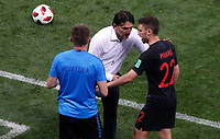MOSCU - RUSIA, 11-07-2018: Zlatko DALIC técnico de Croacia da instrucciones a PIVARIC durante partido de Semifinales contra de Inglaterra por la Copa Mundial de la FIFA Rusia 2018 jugado en el estadio Luzhnikí en Moscú, Rusia. / Zlatko DALIC coach of Croatia gives directions to PIVARAC during match of Semi-finals for the FIFA World Cup Russia 2018 played at Luzhniki Stadium in Moscow, Russia. Photo: VizzorImage / Julian Medina / Cont