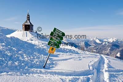Germany, Bavaria, Upper Bavaria, Tegernseer Valley, Holy Cross Church at Wallberg mountain, signpost