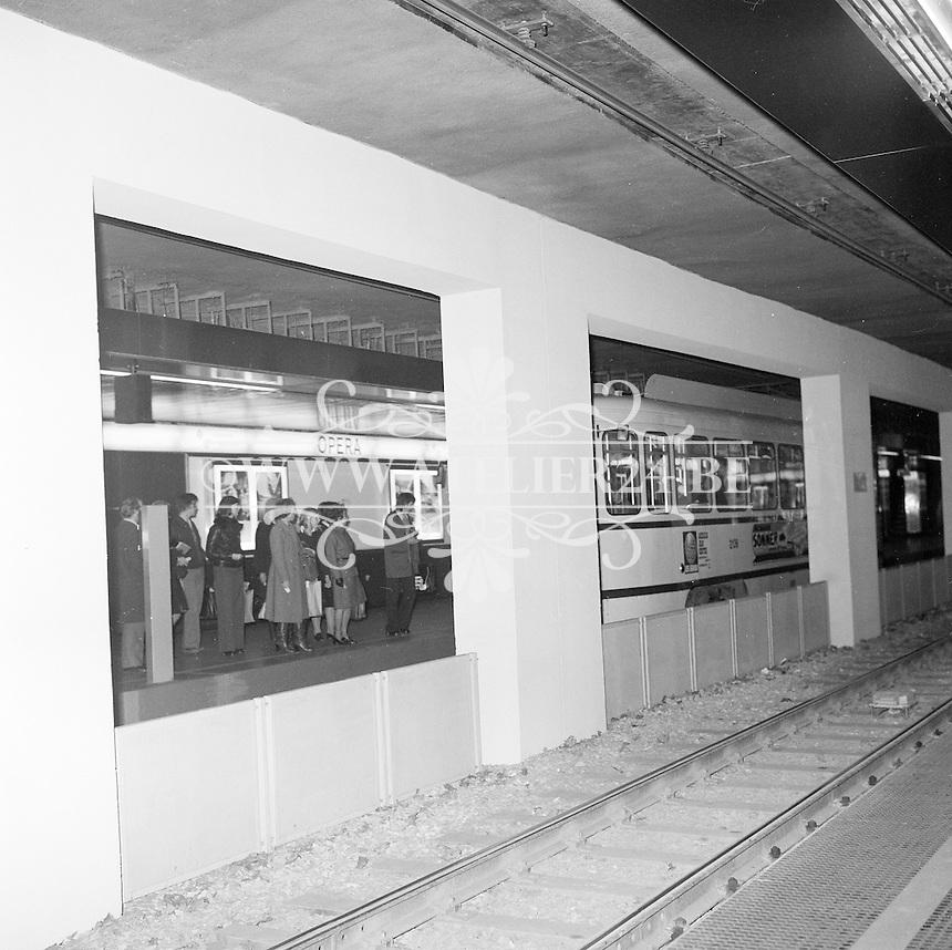 Maart 1976. Metro in Antwerpen.