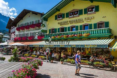 Oesterreich, Salzburger Land, Tennengau, im Lammertal, Abtenau: Marktplatz im Ortszentrum   Austria, Salzburger Land, Tennengau, Valley Lammertal, Abtenau: market square in town centre