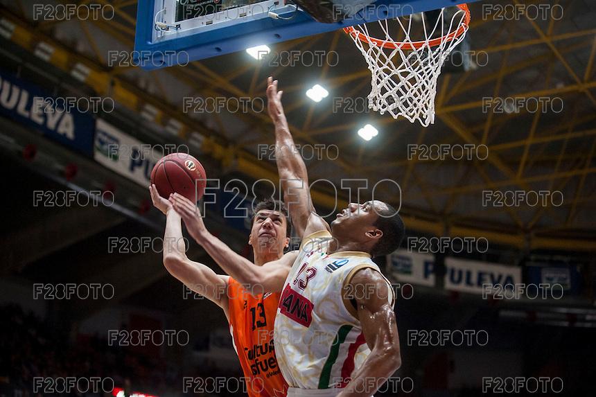 VALENCIA, SPAIN - NOVEMBER 3: Vladimir Lucic, Josh Owens during EUROCUP match between Valencia Basket Club and CAI Zaragozaat Fonteta Stadium on November 3, 2015 in Valencia, Spain
