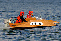 Pete Nichols (11-F) and Emily Hutchinson (88-F) (runabout)