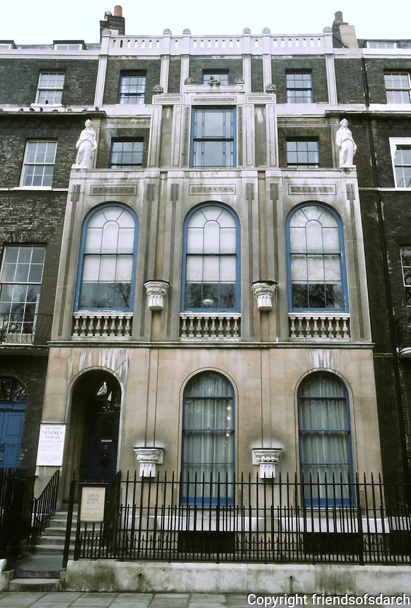 Sir John Soane: Sir John Soane's House & Museum,  No. 13 Lincoln's Inn Fields, 1812-14.