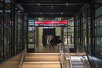Mit 9 Jahren Verspaetung wurde am 31. Oktober 2020 der Flughafen Berlin-Brandenburg BER in Schoenefeld eroeffnet.<br /> Im Bild: Zugang zum Regionalbahnhof.<br /> 31.10.2020, Schoenefeld<br /> Copyright: Christian-Ditsch.de