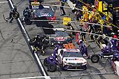 #11: Denny Hamlin, Joe Gibbs Racing, FedEx Express Toyota Camry and #88: Alex Bowman, Hendrick Motorsports, ChevyGoods.com/Adam's Polishes Chevrolet Camaro