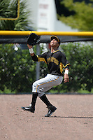 Pittsburgh Pirates outfielder Edison Lantigua (68) during an Instructional League game against the Tampa Bay Rays on September 27, 2014 at the Charlotte Sports Park in Port Charlotte, Florida.  (Mike Janes/Four Seam Images)