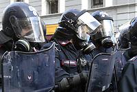 - Milano, Carabinieri in servizio di ordine pubblico<br /> <br /> - Milan,  Carabinieri in public order service