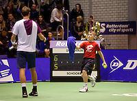 19-12-10, Tennis, Rotterdam, Reaal Tennis Masters 2010,   Ballenjongen in actie