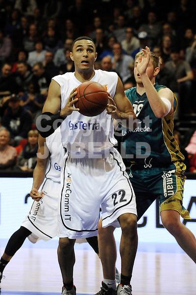 GRONINGEN - Basketbal, Flames - Landstede BC, Dutch Basketbal League, Martiiniplaza, seizoen 2013-2014, 01-02-2014,  Flames speler Dan Coleman