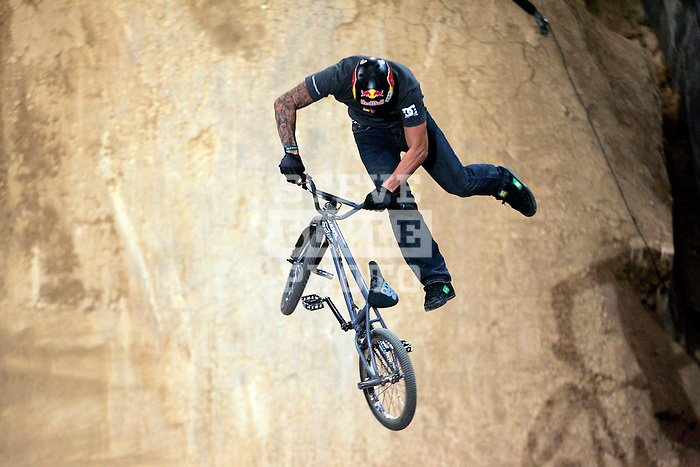 Corey Bohen competes in the Bike Dirt finals at the Staples Center during X-Games 12 in Los Angeles, California on August 3, 2006.